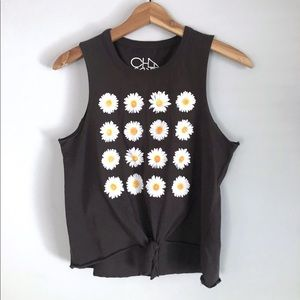 Chaser daisy tie front tank